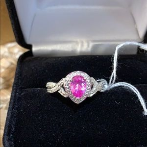 💗Pink Sapphire and diamond ring